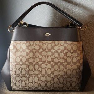 Coach signature luxury bag